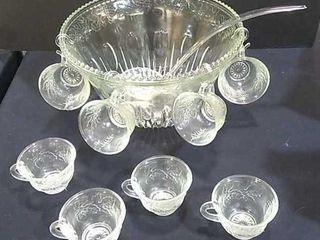 Grapevine pattern Punch Bowl w  8 Cups