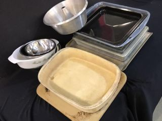 Pampered Chef Pan   Baking Stone    Other Dishes