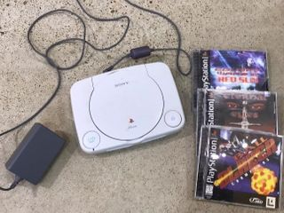 Sony PS One w  Power Cord   3 Games