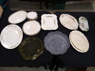 Vintage Dishes  20 Pieces