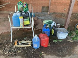 Misc yard items and gas cans