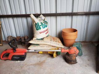 Black   Decker Weed eater   fertilizers