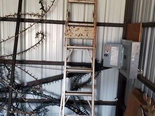 8  Aluminum ladder