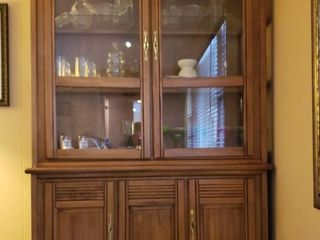 Glass Front Hutch   Family Room