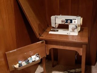 Universal Electric Sewing Machine