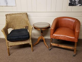 Side Table   Chairs