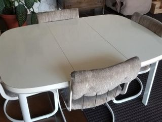 Vintage Dining Table   Chairs