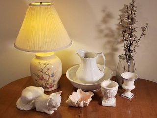 Johnson Bros  England Pitcher Wash Basin Set  has been repaired  Ceramic Cat  Table lamp  Decorative Jar   Urns  and Ceramic Seashell