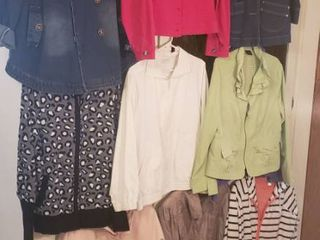 10 ladies Jackets   Size large   Xlarge