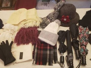 ladies Winter Accessories   Hats  Scarves  Umbrellas  and Gloves