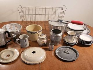 Vintage Kitchen   Wire Basket  Popcorn Popper  Crock Bowls   lids  2 Cup Percolator and Small Set of Dishes  Salem Stoneware