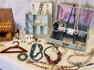 Costume Jewelry and Jewelry Boxes   Organizers