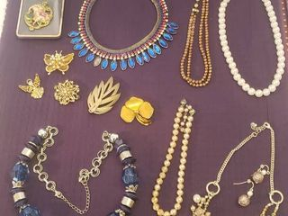 Costume Jewelry  Pearls and Brooches   one necklace missing stone
