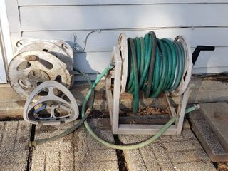 Better Homes   Gardens Hose Reel w Hoses and 2 Wall Hose Holders