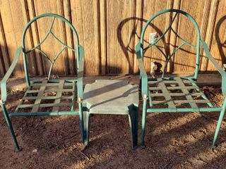 2 Green Metal Chairs  no cushions   22 x 26 x 34 in  tall  and Green Plastic Square Table   17 x 17 x15 in  tall