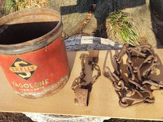 Vintage Skelly lubricant Can  Chain Hook system and Chain