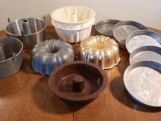 Bundt Pans  Angel Food Cake Pans and Round Cake Pans