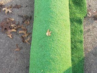 Green Indoor Outdoor Turf Carpet   60 x 140 in