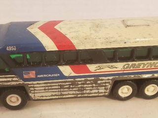 Vintage Buddy l Greyhound Metal Bus