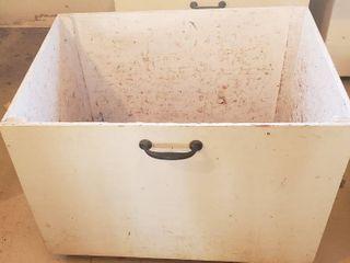 Wood Storage Bin on Casters   36 x 25 26 5 in