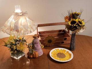Sunflower Decor and Jar lamp  works
