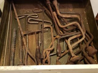 Speed Wrenches  Welding Hammer  etc  Bring boxes   drawer not included