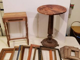 Vintage Round Top Table   one toe broke  17 5 in  diameter x 27 in  tall  Small Accent Table  14 5  x 9 5 x 22 5 in  tall  and Numerous Wood Frames   one Tote included