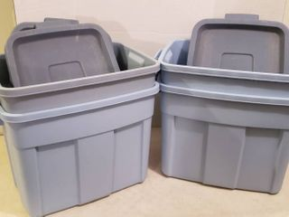 4 Rubbermaid Roughneck Totes w  lids   18 Gal  Size