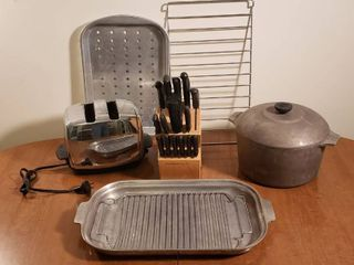 Miracle Blade Stainless Steel Knives   Wood Block  Vintage Sunbeam 2 Slice Toaster  works Magnalite Aluminum Pot  Roasting Rack   Pans