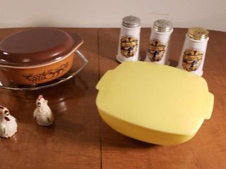 Yellow Pyrex Covered Casserole Dish  Brown Pyrex Covered Casserole Dish  Condiment Shakers  and Rooster S   P Shaker