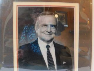lee Iacocca Signed Photo   Book