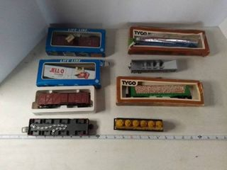 Nice little Train Set With Multiple Cars And Several Other Accessories