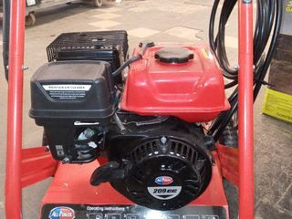 All POWER PRESSURE WASHER  2400 PSI  GASOlINE POWERED  APW5117