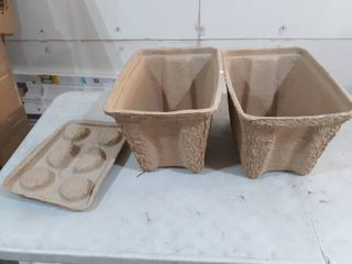 2 igloo Brown Cardboard Planters with 1 lid