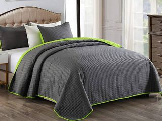 Grey Green King 3 Piece Bedding Quilt Set