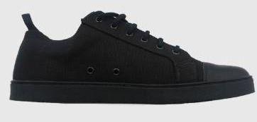 1 pair of unisex shoes  Woobies BlACK MOD 1 Shoes  Men s sz 13 or Women s sz 14 1 2