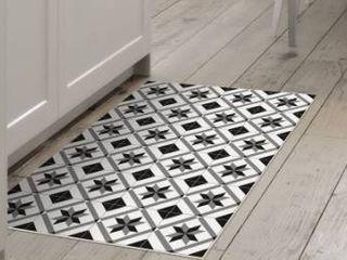 Black  White   2  x 3  Decorative Vinyl Floor Mat Mosaic Tile Pattern   2  x 3