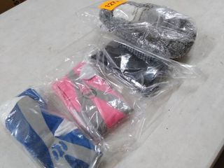 3 pack of socks and pack of slippers xl