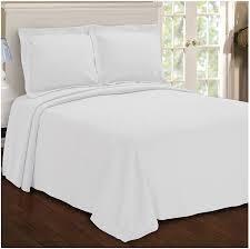 superior Jacquard matelasse beige blanket king