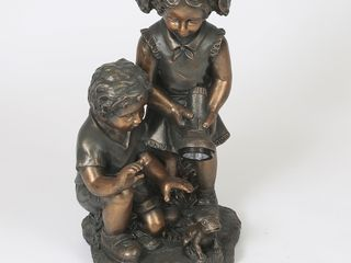Boy   Girl Statue with Solar light  Retail 98 99