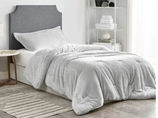 Coma Inducer Queen Oversized Comforter   Me Sooo Comfy   Glacier Gray  Retail 109 99