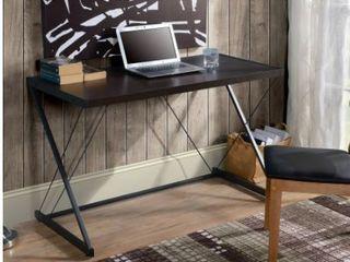 Z Shapped Desk