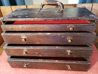 Vintage Felt lined Machinist Box