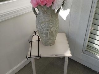 Distressed Side Table   Rack   Vase
