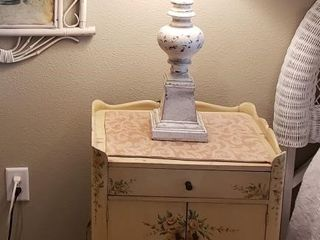 Distressed Floral Night Table with White lamp
