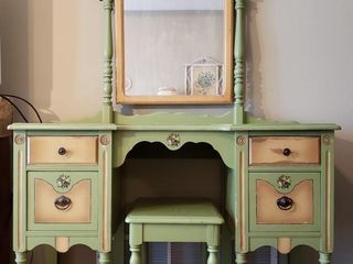 Bedroom Vanity with Swivel Mirror