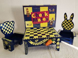 Muffy VanderBear   Check Mates Chess Game  Table and Bear Throne Chairs