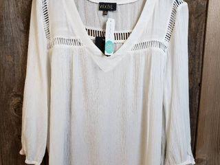 Vibe Janne Crochet Detail Top   Size Xl   Stitch Fix