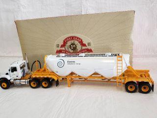 First Gear Mack Granite w  Heil Dry Bulk Trailer   Model Essroc 19 3555