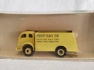 Winross 3 16in Die Cast Model   Fort Gas Company